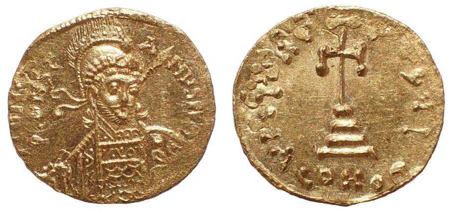Constantine IV Pogonatus AD 668-685. Constantinople. Gold Solidus